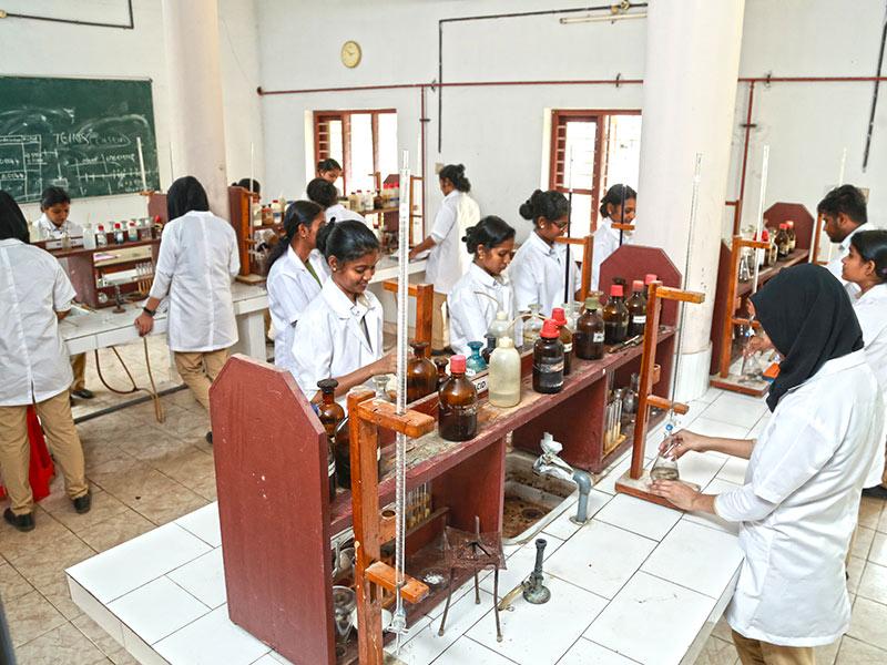Gokulam Sngmc Pharmacy College